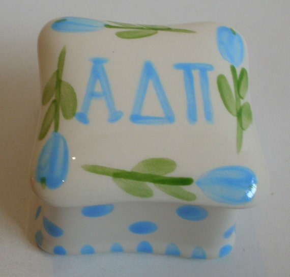 Alpha Delta Pi Square Ring Box
