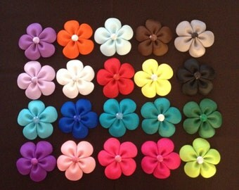 20 Flower Hairclips in Assorted Colors...Girls Hairbows...Baby/Infant Hairbows...Hairclip Set