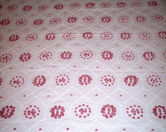Vintage Chenille Salmon Pink and White Popcorn Bedspread