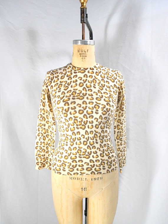 1990s Marc Jacobs Leopard Print Sweater Size XS