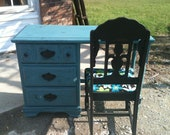 Stylish shabby Chic vintage desk and Chair