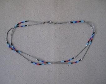 Necklace plastic glas