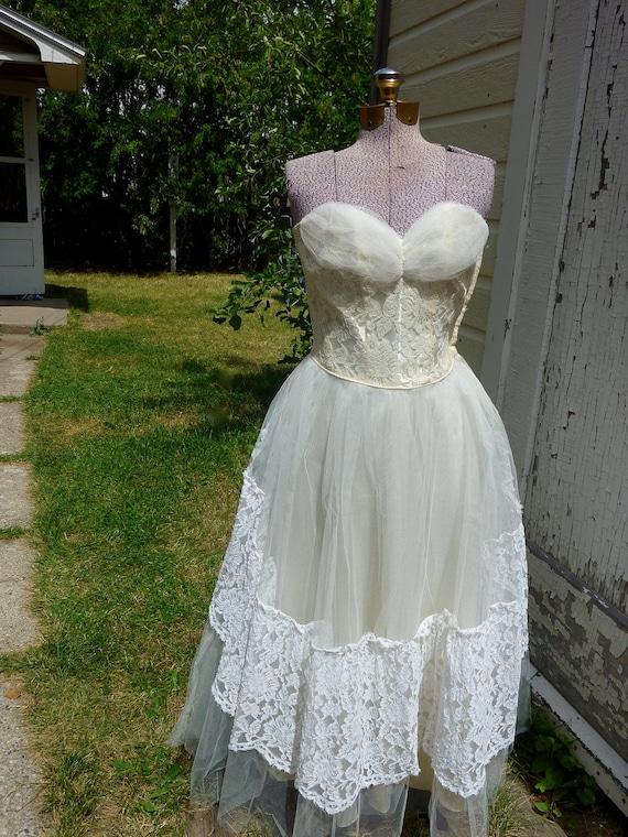 SALE 1950s Vintage Sweetheart Strapless Wedding Dress with Veil and Bolero Medium