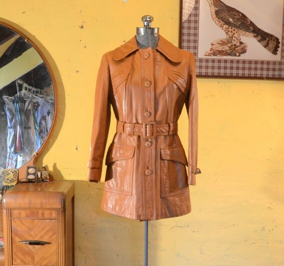 Mod Butterscotch Leather Belted 60s / 70s Coat Jacket XS, S