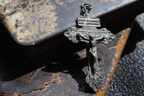 Vintage Crucifix Pendant Cross from Rosary for Assemblage Jewelry