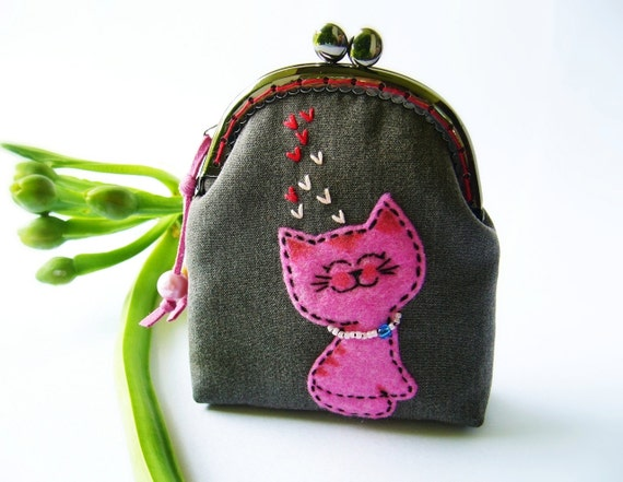 Metal frame purse, cat  purse, coin purse embroidery, cat coin purse, cat frame purse