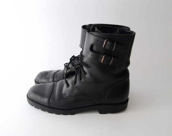 Vintage black leather army boots // military boots // grunge boots