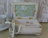 Small White Distressed Jewelry Box