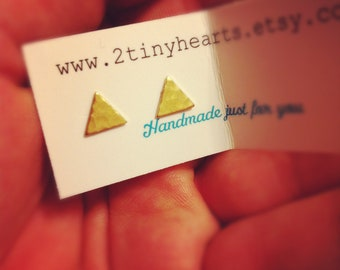 small hammered gold triangle stud earrings in surgical steel