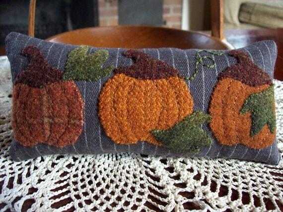 Fall Pumpkins Shelf Pillow Tuck