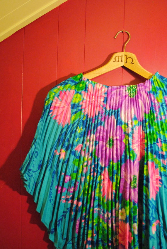 1960s 1970s Floral Tunic with Cape Draped Sleeves