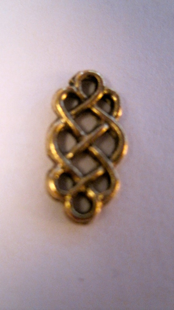 Celtic knot connectors in antique gold from jujubeads