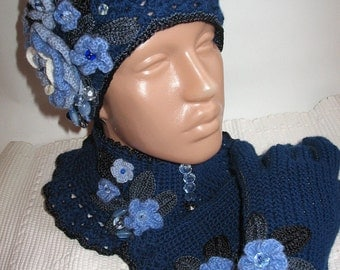 Set of Beanie, Scarf and Gloves in Blue Wool eco friendly OOAK