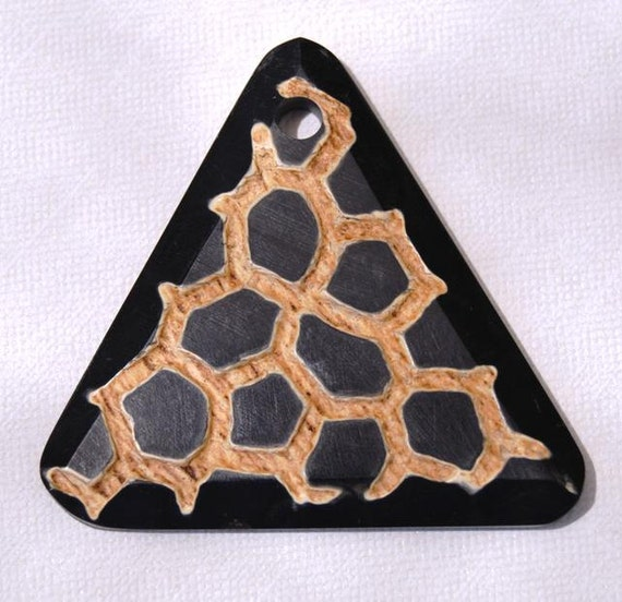Carved Horn Triangle Pendant Giraffe Pattern 50mm Qty 1