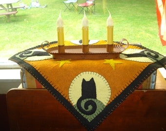 Fall Halloween penny rug candle mat display center piece black cat square candle mat