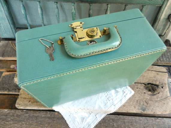 """Pale Teal Vintage """"Shortrip"""" Train Case Luggage with Key"""
