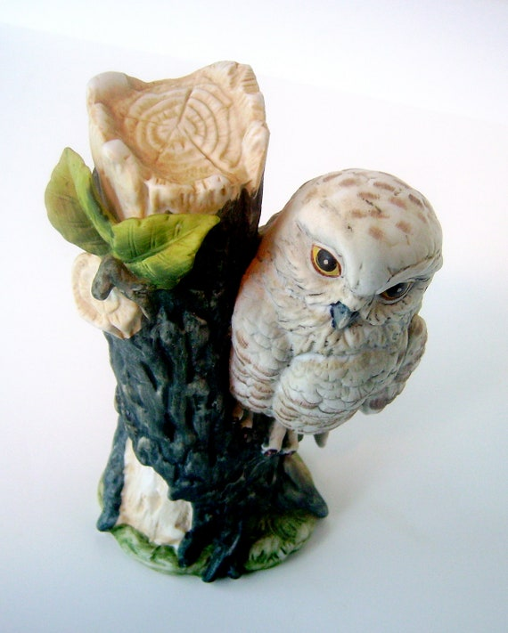 """Vintage White Snow Owl Figurine Perched on Tree, 7.25"""" tall, Hand Painted"""