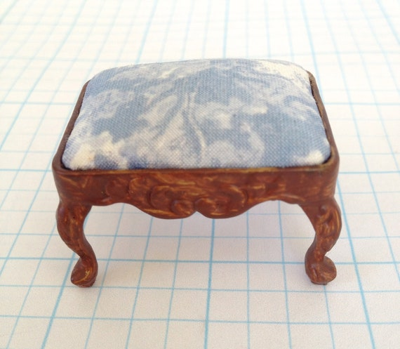 Stool Bespaq With Blue and  White Printed Silk - by Pat Tyler Miniatures