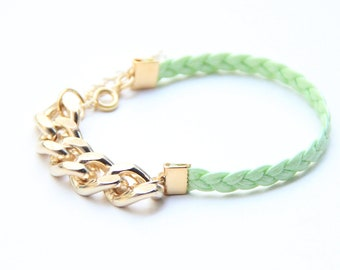 ON SALE: Christmas gift - Arm Candy - Gold chunky chain with Leaf green Leather braid Bracelet - 24k gold plated