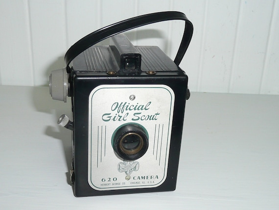 1950s GIRL SCOUT Official 620 Camera, Imperial Model, Box Camera, Herbert George Company, Collectible