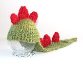 PHOTO PROP - Dragon/ Dinosaur Baby Hat / costume - size newborn to 3 months - boucle - ready to ship