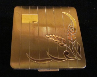 1950s Vintage Compact Powder Compact Mirror Compact Gold Tone Compact Very Good Condition