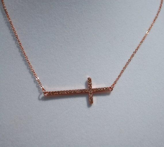 Side Cross Necklace Rose Gold
