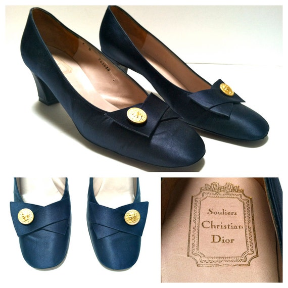 r e s e r v e d 50s Paris Label Christian Dior Pumps / Size 7 / Navy Blue / Gold Coin Accent / High Heels