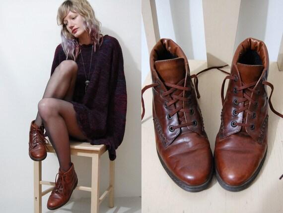 90s Vintage Boots TAN LEATHER Lace-up Ankle Pixie Grunge Brogues vtg Shoes Womens au us Size 6.5-7