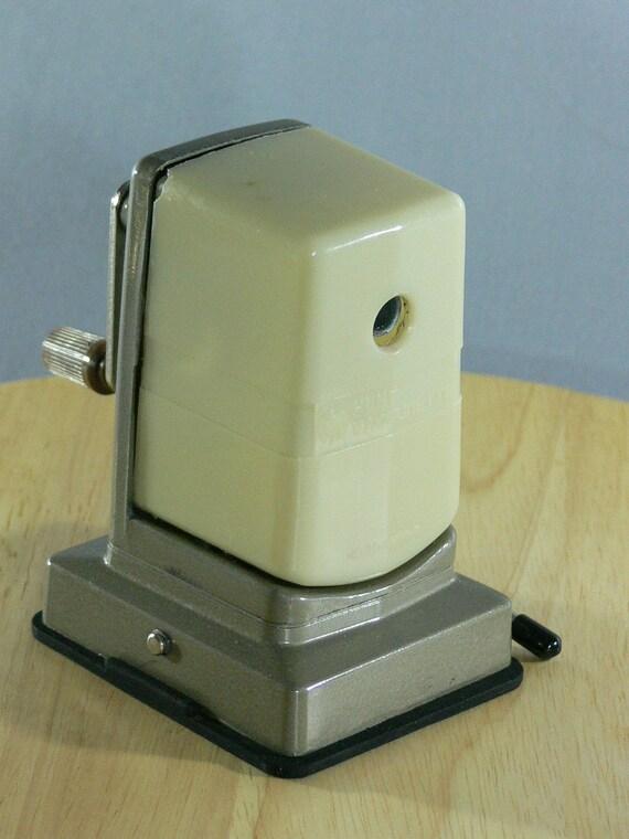Hunt Vacuumette Pencil Sharpener  -  MG-026