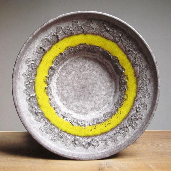 Fat lava bowl by Strehla Keramik (East Germany)