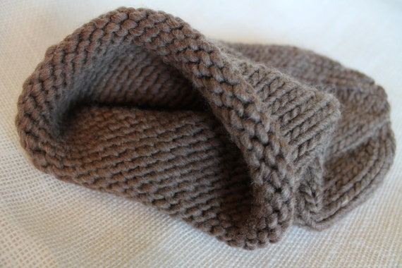 newborn knitted baby cocoon photo prop, luxurious all-natural bark / light brown roving wool (ready to ship)