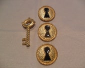 Gold Vintage key and keyhole buttons