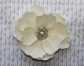 Ivory Bridal Clip, Wedding Hair Clip, Wedding Accessory, Bridal Hair Clip, Bridal Hair Accessory