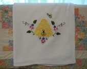 Applique Honey Bee Skiff Flour Sack Dish Towel
