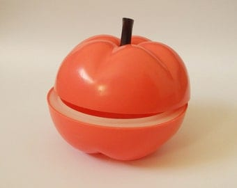 Vintage plastic tray for cold food, form of the tomato