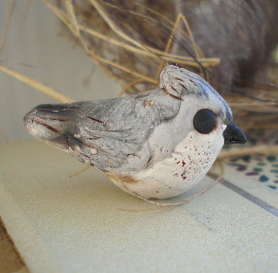 Tufted Titmouse- polymer clay charm. bird bead. grey bird. rustic woodland. tiny realistic bird jewelry bead. Jettabugjewelry