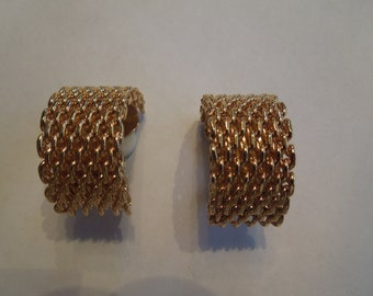 Vintage Gold Tone Earrings, Clip On Type, Watch Strap Style, Excellent Condition