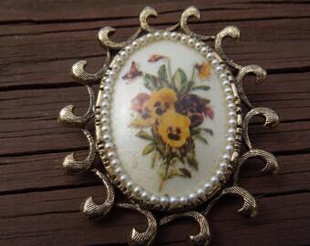 Vintage Brooch Pendant, Gold Tone, Ceramic Flower Design, Brooch and Pendant