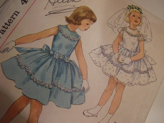 Vintage 1950s Simplicity 1900 Child's Dress Sewing Pattern, Size 3