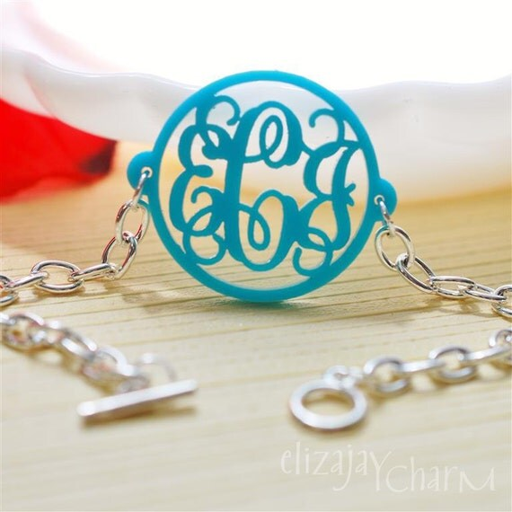 Vine circle acrylic monogram bracelet