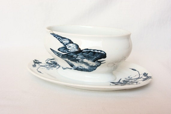 1889 blue bird dish, French sauce tureen, gravy boat, Longwy 19th century, Victorian, French blue and white porcelain, Thanksgiving