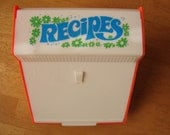 Retro Sixties Recipe Box with cards and index