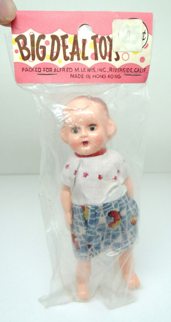 Reserved for Sun li - Vintage Girl Doll with sleeping eyes, Made in Hong Kong, Big Deal Toys, Alfred M Lewis inc 1950s