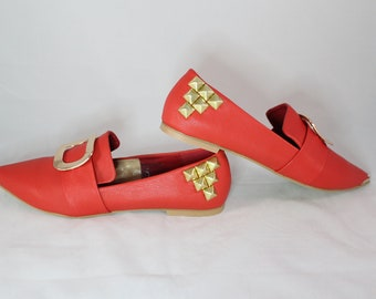 Red Buckle Pointy Toe Flats