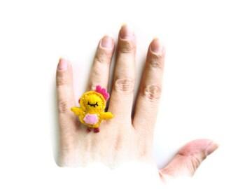 women's rings-felt ring-women's accessories-felt accessories-yellow felt ring-yellow felt bird-adjustable ring-girls rings