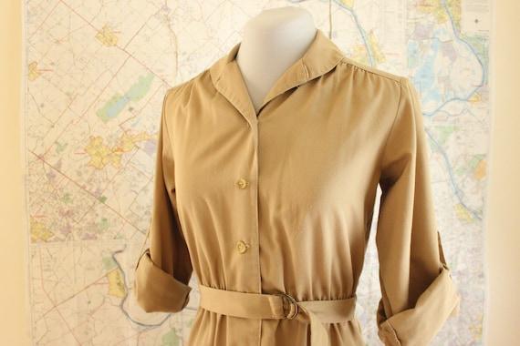 Vintage Shirt Dress. 1970s Dress. Tan Dress. Belted Dress