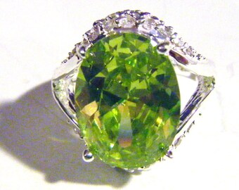 Gorgeous Green Amethyst Ring In Silver Setting Size 7