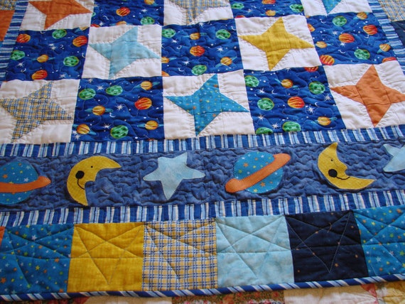 Outer space baby boy quilt for Outer space quilt patterns