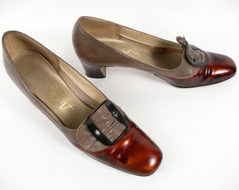 Vintage 60s Mod Preppy Air Step Brown Tortoise Pilgrim Spectator Heels Pumps Shoes 8 AAA